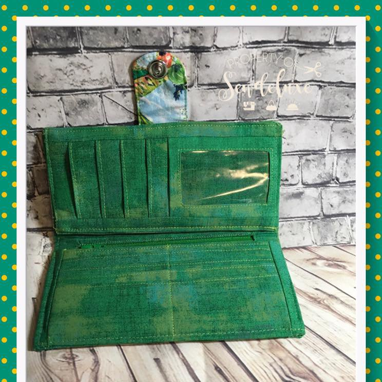 The Pick A Pocket Wallet by Laura