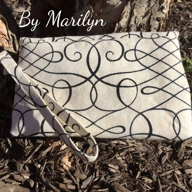 The Kiss Clutch by Marilyn